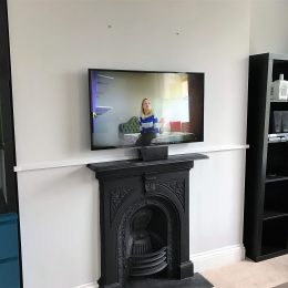 TV wall mounting in Bedminster Bristol